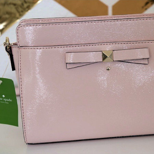 Bought this gorgeous @katespadeny bag months ago for a future giveaway!  I am finally going to give it away this week on my aprilathena7 channel!  Look out for this giveaway soon friends!  It will be open international!  #katespade #giveaway